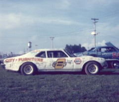 I think this was 1974. Darrell had switched to a Chevy Nova. Although I was a Ford fan, I was more of a Darrell Dake fan, so I followed him over to Chevy. (Dennis Piefer photo)
