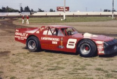 In 1987, Darrell returned to a red car at the Hawkeye Downs. (Dennis Piefer photo)