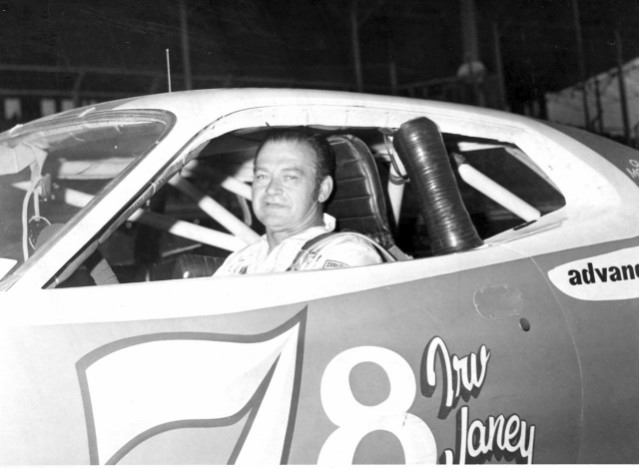 Irv Janey must have overslept! (Kyle Ealy photo collection, Hawkeye Racing News)