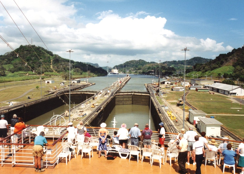 I still have not seen any racing in the country of Panama.  I guess just crossing through the Panama Canal will have to do for now.