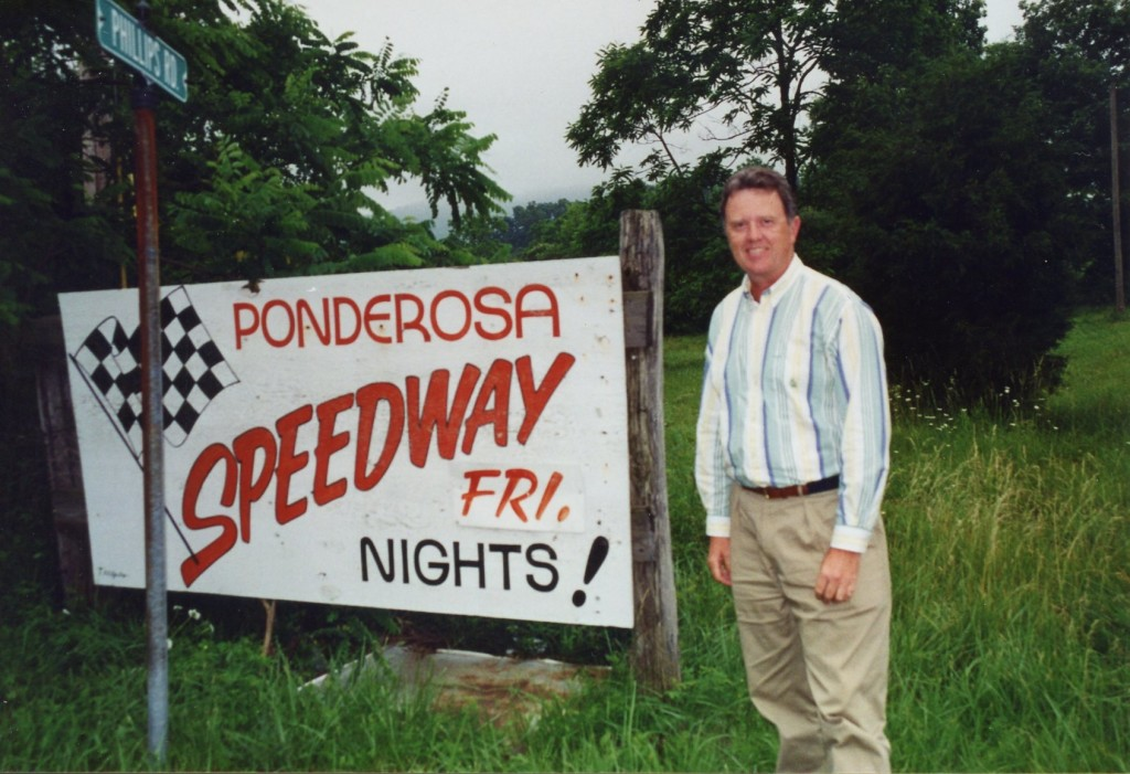 Ponderosa Speedway raced on Friday nights.  I have long since run out of most Friday night trackchasing opportunities.