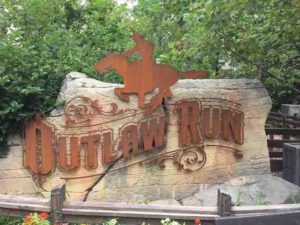 outlaw run sign