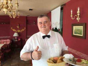 raje bih waiter