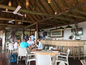 victoria-falls-outlook-cafe