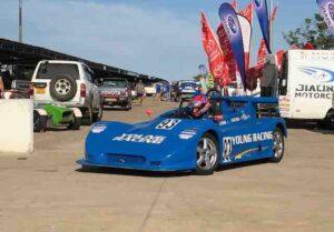 young-racing-1