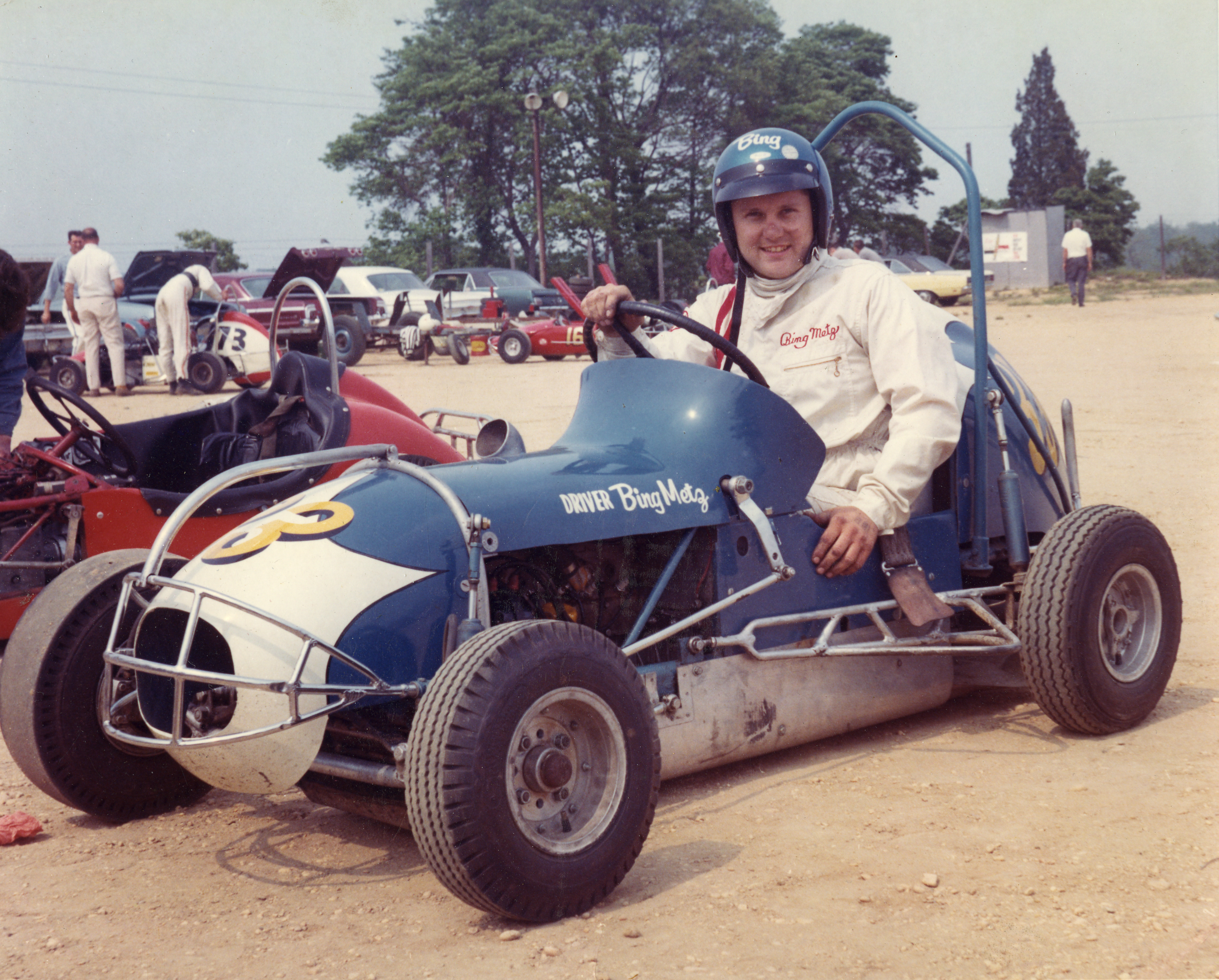 Bing in his #33 (the Atlantic City indoor winning car) at Fort Dix, NJ Speedway in 1969. Source: Eastern Auto Racing Historical Society archives