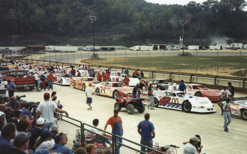This was a huge late model event down in a very rustic part of Kentucky at a track that didn't last long.