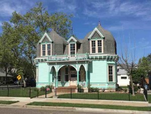 victorian house 3