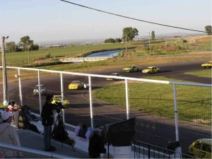 racing on magic valley outer oval
