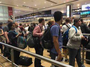 johannesburg-customs-line-at-airport